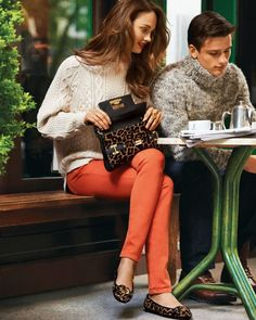 ooooooo love the sweater, orange skinny, flat combo!!