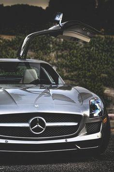 Mercedes SLS AMG...