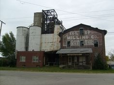 Vincennes Indiana | Abandoned Standard Feed Mill, owned by A.J. Johanningsmeier and family.