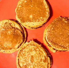 Receita saudável de panquecas de bróculos Pancakes, Wraps, Breakfast, Food, Omelettes, Buttermilk Pancakes, Skinny Recipes, Top Recipes, Morning Coffee