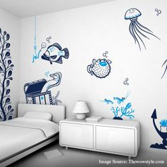 Pep up your kids' room with colorful and lively wallpapers like these to make it look interesting!