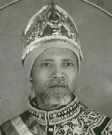 "Ras Wubineh Tessema Popularly known as ""Amoraw Wubineh"" or ""Wubineh the Eagle"", Ras Wubineh Tessema was a prominent leader of the anti-facsist resistance in western Beghemidir province during the Italian occupation of Ethiopia between 1936 and History Of Ethiopia, Ethiopia Travel, Moorish Science, Haile Selassie, Church Pictures, Horn Of Africa, African Royalty, Addis Ababa, Lion Of Judah"