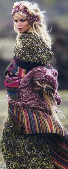Tricotez bohème et couleurs avec une touche ethnique.