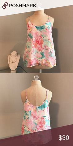 Floral tank🌸 Floral tank top. Beautiful watercolor print. Worn once. Perfect condition! 🌸                       •n o  t r a d e s• •s m o k e  f r e e / p e t  f r e e  h o m e•   •s a m e / n e x t  d a y  s h i p p i n g• Tops Tank Tops