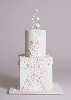 Modern wedding cake   Wedding & Party Ideas   100 Layer Cake
