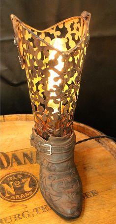 Vintage Cowboy Boot Lamp por Industrialighting en Etsy