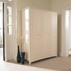 Free standing bedroom cupboard
