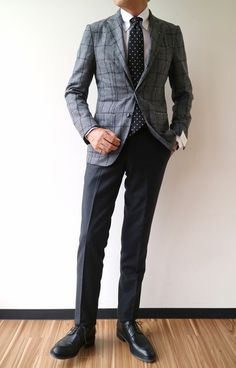 men suits fashion -- Click visit link above to find out Blazer Outfits Men, Blazer Fashion, Mens Fashion Suits, Mens Suits, Traje Casual, Mode Costume, Checked Blazer, Stylish Jackets, Herren Outfit