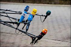 EU Summit (Oct 2012, CY presidency) - Icecream cones or microphones? (© European Union 2012 - European Parliament)