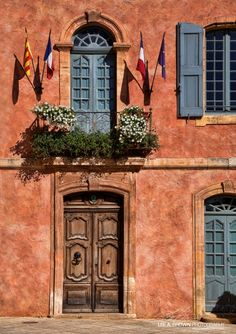 More interesting doors in Roussillon, France