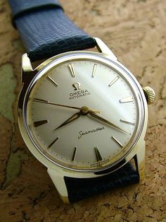 Vintage Watches Collection : The Ultimate List of Gentleman Watch Brands Stylish Watches, Luxury Watches For Men, Cool Watches, Army Watches, Gentleman Watch, Retro Mode, Vintage Omega, Omega Speedmaster, Beautiful Watches
