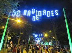 See our photos of Medellín's Alumbrados the Christmas lights display this year. For the year in a row the route isn't along the river in Medellín. Christmas Light Displays, Christmas Lights, 50th Anniversary, The Outsiders, Neon Signs, Shit Happens, Christmas Fairy Lights