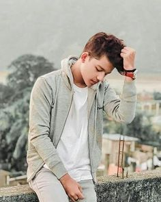 The famous tik tok star riyaz aly. Riyaz aly which was becoming a new star by the tik tok app. The tik tok star riyaz aly. Boy Poses, Girl Photo Poses, Girl Photos, Crush Love, Dear Crush, Celebrity Faces, Celebrity Crush, Mouni Roy Dresses, Handsome Celebrities