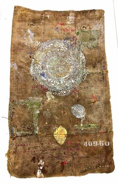 I am such a fan of Junko Oki's work, her use of textiles and threads in her work is just amazing! Etsy Embroidery, Simple Embroidery, Modern Embroidery, Embroidery Hoop Art, Vintage Embroidery, Textile Fiber Art, Textile Artists, Boro, Christmas Embroidery Patterns