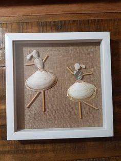 Seashell Art, Seashell Crafts, Beach Crafts, Crafts With Seashells, Sea Glass Mosaic, Sea Glass Art, Teacup Mosaic, Diy Popsicle Stick Crafts, White Shadow Box