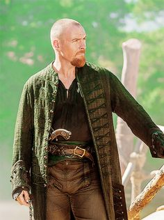 Toby Stephens - as Captain Flint - in Black Sails - Homemade Pirate Costumes, Pirate Garb, Charles Vane, Luke Cage Marvel, Captain Flint, Dystopia Rising, Toby Stephens, Grunge Guys, Steampunk