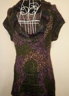 Kaufe meinen Artikel bei #Kleiderkreisel http://www.kleiderkreisel.de/damenmode/rollkragenpullover/135216720-longpullover-ohne-arme-in-bunten-farben