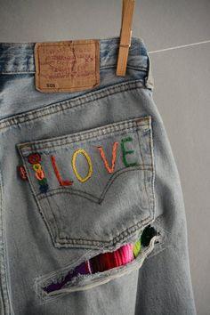 Distressed Boyfriend Jeans/Hipster Jeans/All Sizes/Grunge Jeans/boho/vintage jeans/womens jeans : ropa reciclada pantalones Vintage Jeans, Jean Vintage, Boho Vintage, Looks Vintage, Diy Jeans, Jeans Denim, Jeans Refashion, Grunge Jeans, Hipster Jeans