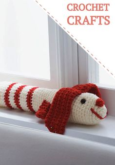 Save on your heating bills this winter with these adorable crochet draft dodgers. Free crochet pattern.