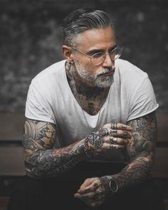 Sexy Tattooed Men, Bearded Tattooed Men, Hot Bearded Men, Inked Men, Beard Styles For Men, Hair And Beard Styles, Silver Foxes Men, Grey Hair Men, Tatted Men