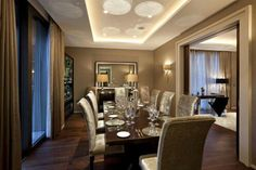 Glam dining room !