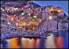 Manarola - Cinque Terre - Italy by °°Giacomo°°, via Flickr