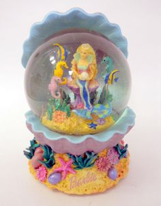 Barbie Musical Snow Globe Pearly Shells Mermaid Under Water Seahorse Fish 2002