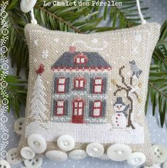 Après un long silence...Et parce que c'est la tradition... Petite maison d'hiver pour, doucement, préparer Noël !