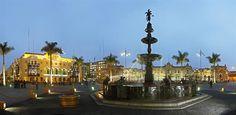 Acabo de compartir la foto de Edgar Asencios Miranda que representa a: Pileta de la plaza Mayor