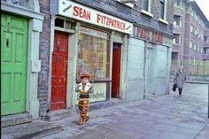 James Street, Dublin 1978. Dublin Street, Dublin City, Love Ireland, Dublin Ireland, Ireland Pictures, Irish Roots, City Council, Historical Photos, Old Photos