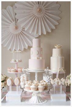 Pink Dessert Table  www.piccolielfi.it