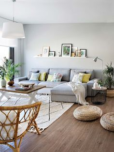 54 good small living room decor for apartment ideas 32 Small Living Room Ideas Apartment Decor Good Ideas Living Room Small Living Room Grey, Home Living, Apartment Living, Living Room Furniture, Home Furniture, Living Room Decor, Modern Living, Living Rooms, Modern Room