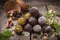 How's Your Truffle Knowledge? Cupcakes, Cake Truffles, Christmas Cookies, Tiramisu, Muffin, Fruit, Breakfast, Desserts, Food