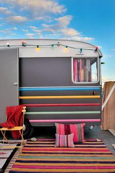 Des tapis étourdissants de couleurs - Non, la caravane, ce n'est pas ringard ! - CôtéMaison.fr