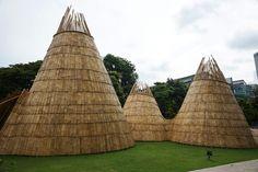 walk inside a wooden wormhole by eko prawoto