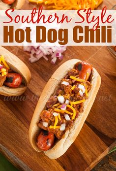 A Coney Island Chili Cheese dog is a hot dog topped with chili, cheese, mustard, and onions. Say buh-bye to boiled hot dogs and serve these instead! Homemade Hotdog Chili Recipe, Homemade Hot Dogs, Chili Cheese Dogs, Chili Dogs, Dog Recipes, Sauce Recipes, Cooking Recipes, Chilli Hot Dog, Hot Dog Sauce