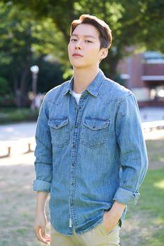 Hot Korean Guys, Korean Men, Asian Men, Hot Guys, Asian Actors, Korean Actors, Lee Min Ho Wallpaper Iphone, Korean Celebrities, Celebs