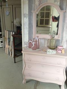 Buikkastjes met spiegel | Meubels | Atelier á la Moniek