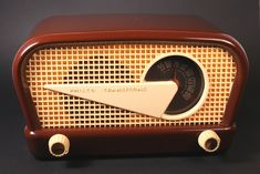 1948 Philco 48-230 Plastic Tube Radio
