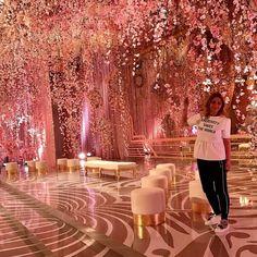 Hanging Florals are the best 😍 Florals Wedding Goals, Wedding Themes, Wedding Designs, Wedding Colors, Wedding Venues, Wedding Decorations, Wedding Dresses, Luxury Wedding, Wedding Bride