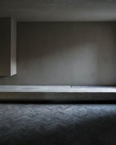 The wabi-sabi style of MatteoBrioni. Domus Ru private house, Rome. Designed by Morq architects.