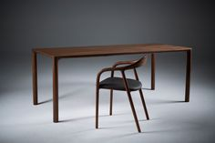 Dining table - Jean - by Artisan