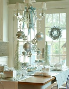 light blue christmas table - DIYs.com