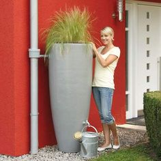 With it's contemporary design, this Graf 2 in 1 Water Butt With Planter is a stylish water butt with added planting space that allows you to create your. Little Britain, Garden Deco, Rain Barrel, Rainwater Harvesting, Garden Features, Outdoor Plants, Irrigation, Garden Inspiration, Beautiful Gardens