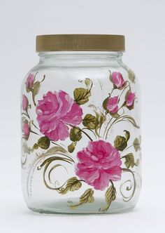 botes de metal decorados y pintados ile ilgili görsel sonucu Glass Bottle Crafts, Wine Bottle Art, Diy Bottle, Decoupage Jars, Jar Art, Painted Jars, Painted Wine Glasses, Decorated Jars, Bottle Painting