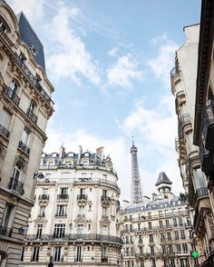 Paris - photo by Hana Le Van