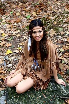Tribute to Pocahontas Native American Princess Costume Tutorial – Ann Le Style Native American Girls, Native American Beauty, Native Girls, American Indians, American History, Halloween Kostüm, Diy Halloween Costumes, Costume Ideas, Pirate Costumes