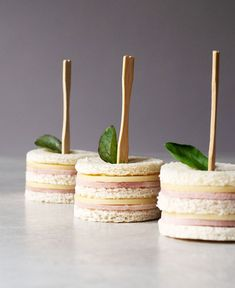 Freaking cute ham and cheese sandwiches perfect for afternoon tea, parties, and snack time! Two bites and they're gone. This post contains affiliate links. Mini Ham and Cheese Sandwiches Double stacked and gone in Mini Cucumber Sandwiches with Chive Butte Mini Sandwiches, Tea Party Sandwiches Recipes, Cucumber Sandwiches, Finger Sandwiches, Sandwich Recipes, Tea Recipes, Dessert Recipes, Sandwiches For Parties, Salad Recipes