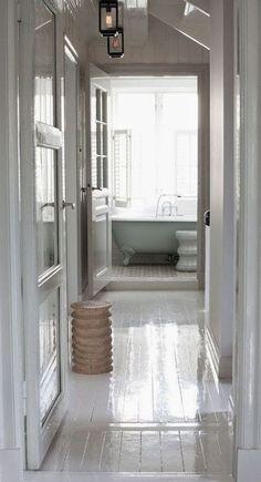 Ideas white painted wood floors bedroom light fixtures for 2019 White Painted Wood Floors, White Hardwood Floors, White Wooden Floor, Wood Floor Bathroom, White Bathroom, Bedroom Light Fixtures, White Rooms, Scandinavian Home, Parquet Flooring
