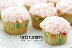 Fun funfetti cupcakes! #funfetti #cupcakes